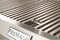 RH Peterson Company's Diamond Sear Cooking Grids Take Grilling to a New Level