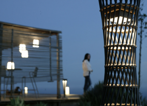 New Design from Les Jardins Solar Lighting Puts Postmodern Twist on a Classic Casual Design