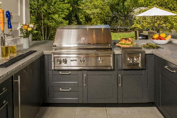 Trex Teams With Danver To Offer New Outdoor Kitchens Collection